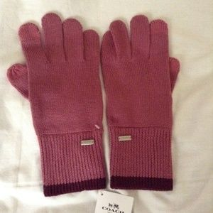 COACH Colorblock Knit Tech Gloves in Pink Multi